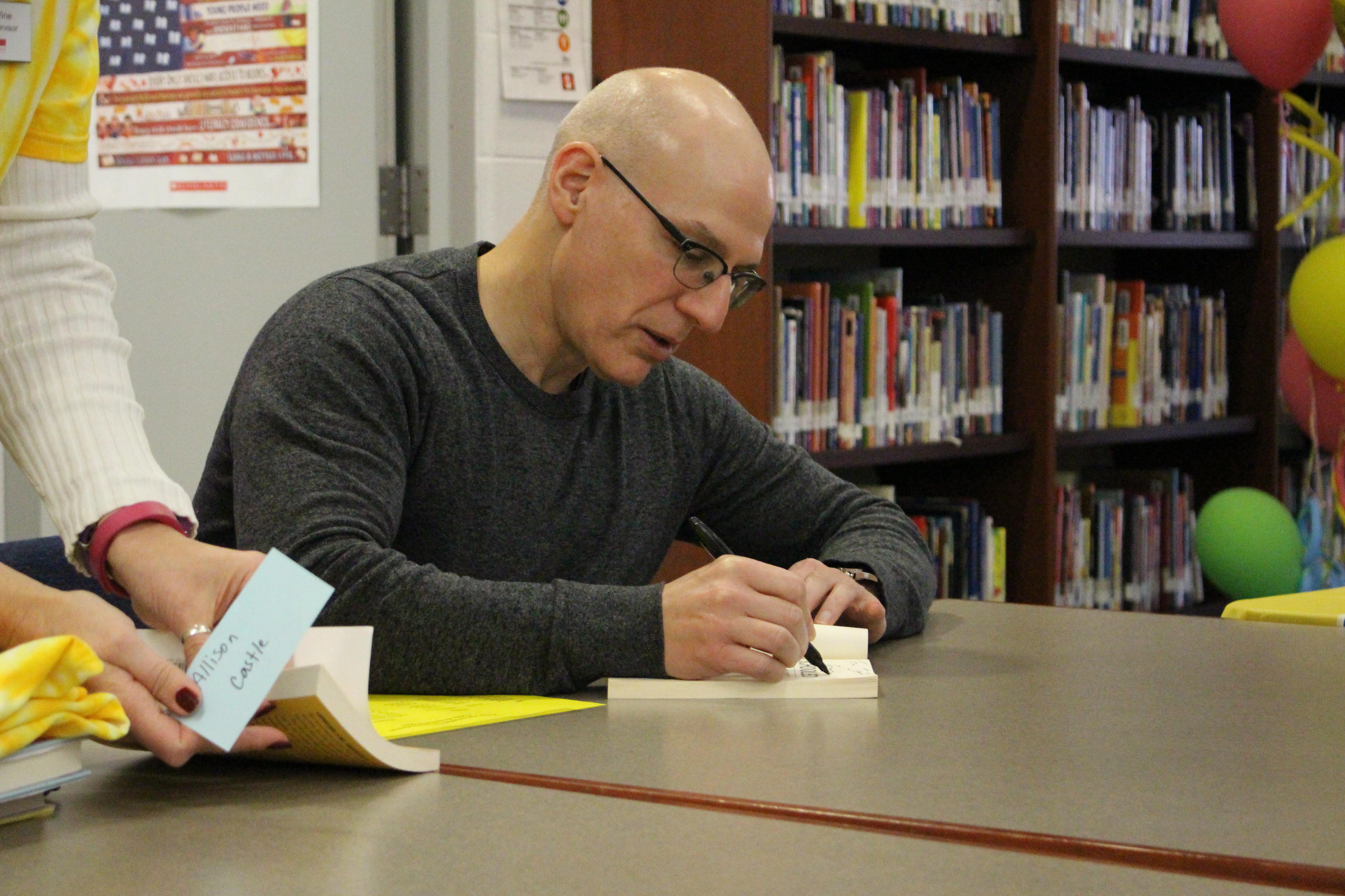 Gordan Koreman signing