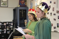 students act as royalty