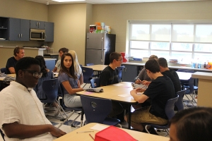 Freshman students look around their PTE for the first time
