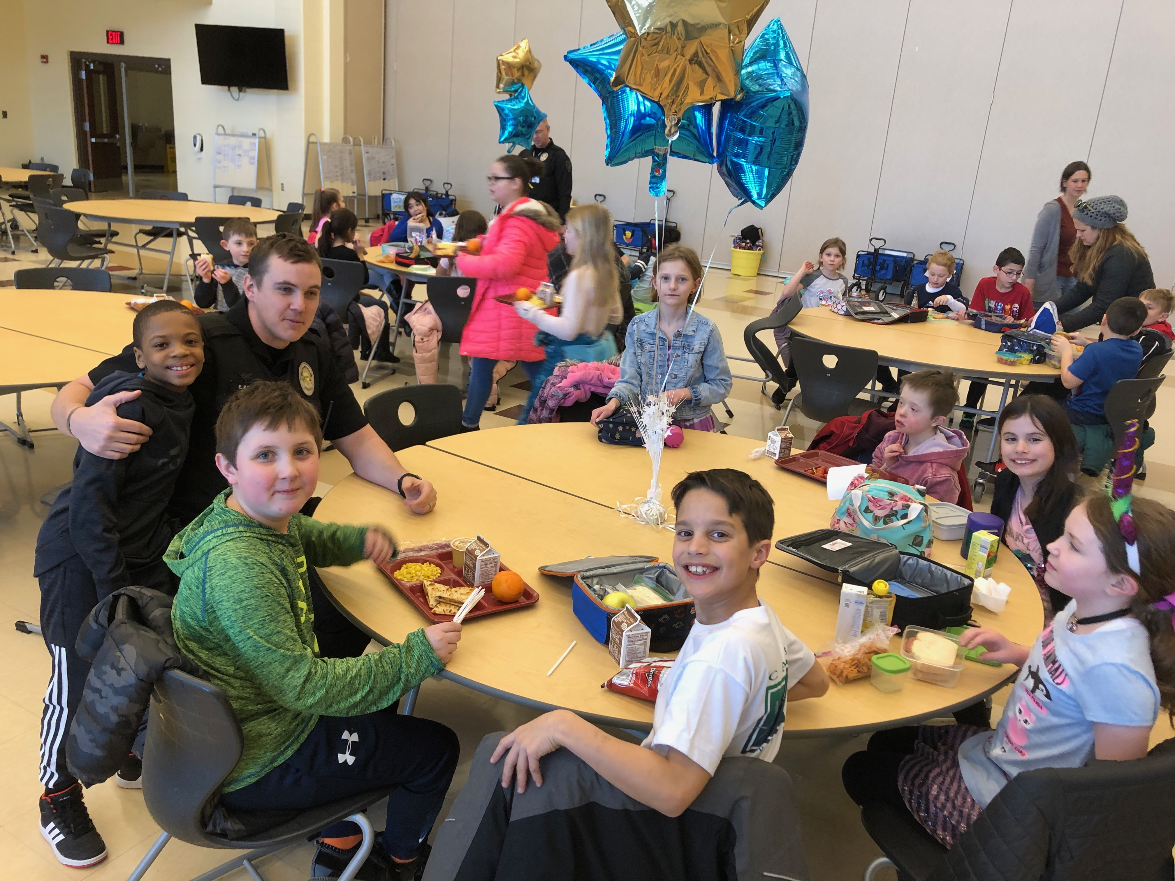 Students had the opportunity to eat lunch with Dyer police officers and show them how to wait in line, grab their lunch, and find a seat in the cafeteria. This was an opportunity for the students and officers to build positive relationships, the students loved asking questions and telling them stories! We loved showing our appreciation for everything they do!