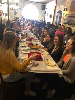 The Spanish 4 Honors classes took a field trip to Don Quijote in Valparaiso on April 12, 2019 for some Spanish cuisine and entertainment from Flamenco dancers. Some of our students and staff even got in on the fun!