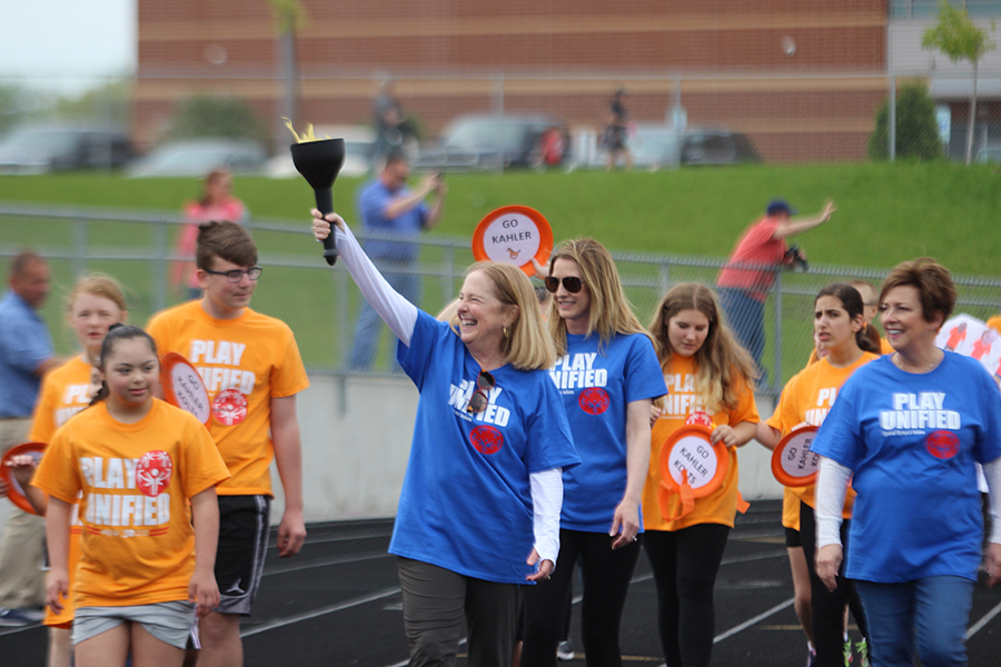 Unified Game Day was held on Thursday, May 16. Students along with their HS peer mentors all enjoyed the track activities.